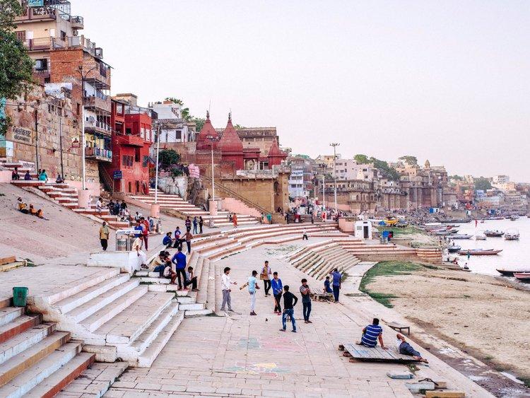 Photographing The Ghats of Varanasi — A Series by Joris Hermans